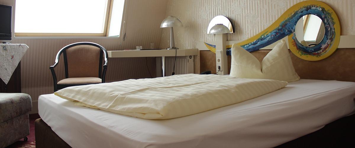 Einbettzimmer_1